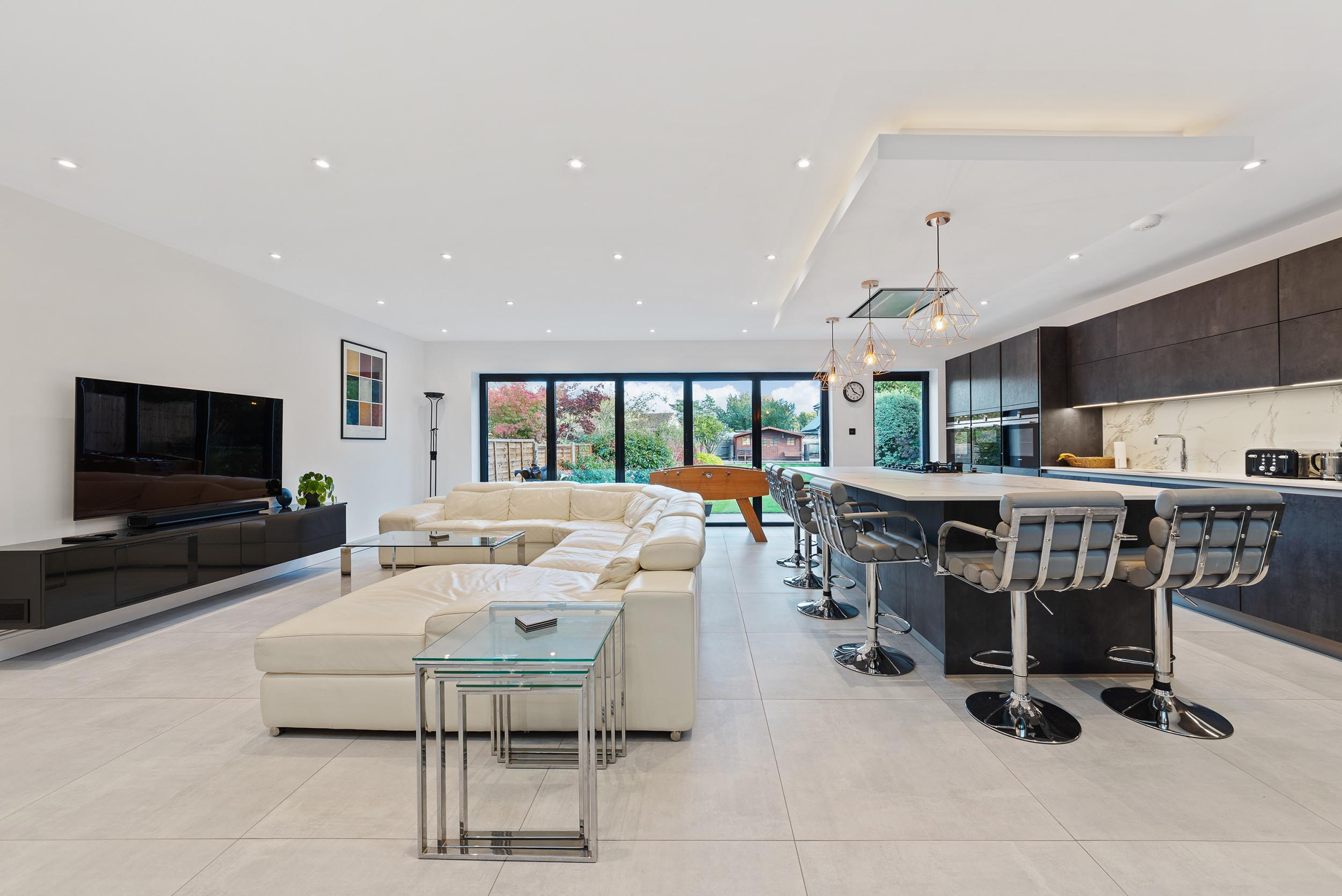 61-and-63-Wades-Hill-N21-1BD-Small-Res-12