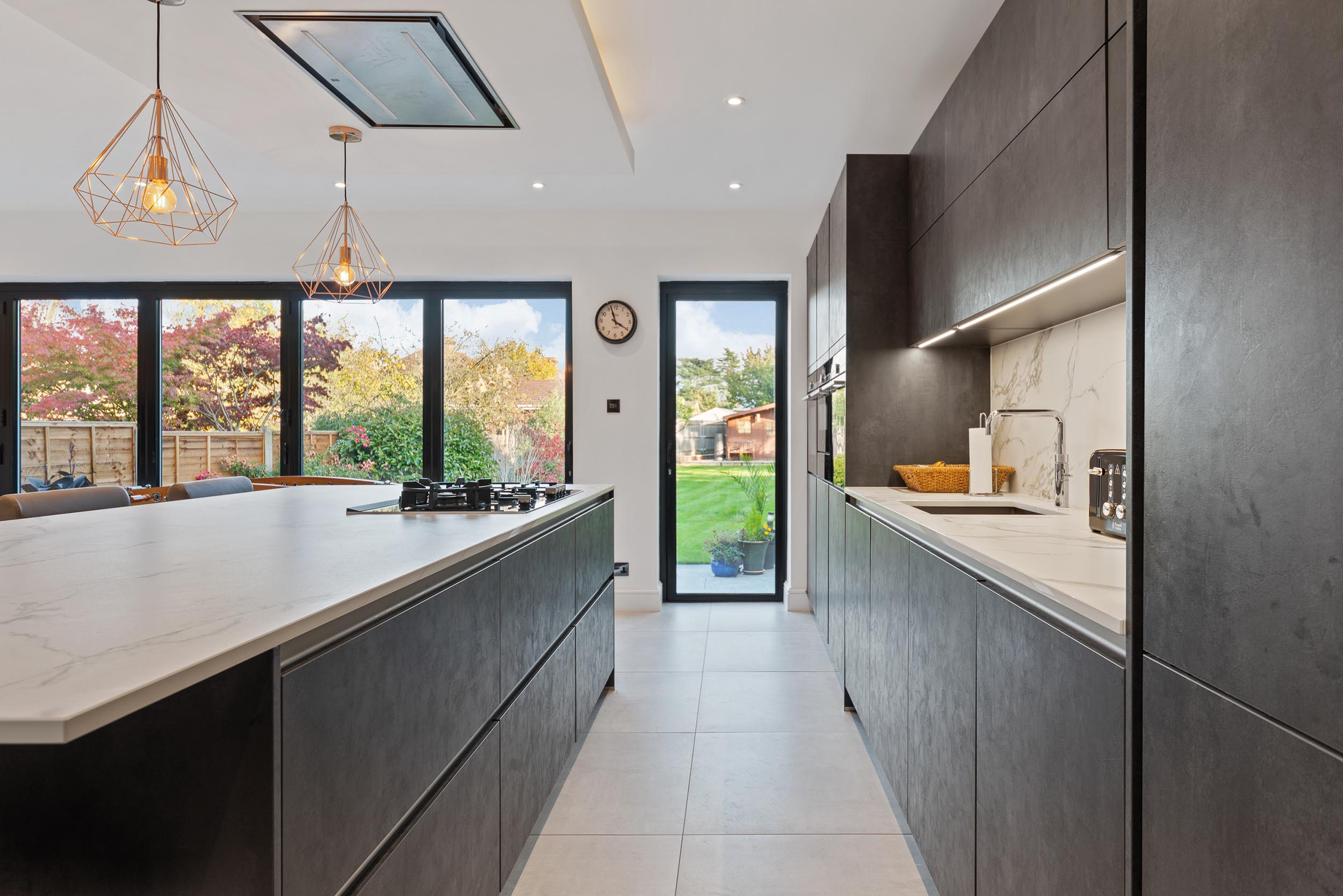 61-and-63-Wades-Hill-N21-1BD-Small-Res-14